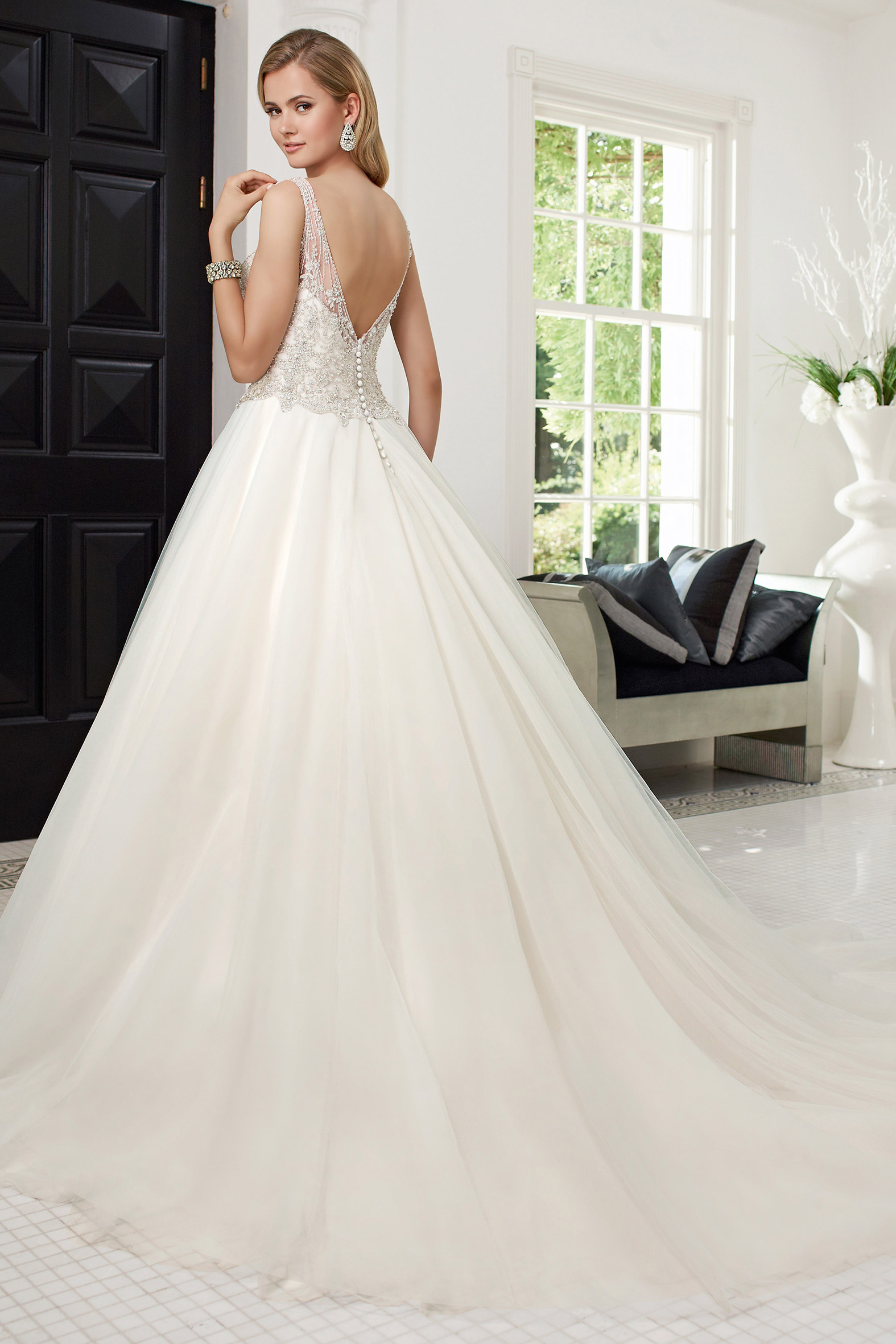 68011 Romana Ronald Joyce Curvy Bride Collection Sale
